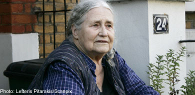 Doris Lessing too ill to attend Nobel Prize ceremony