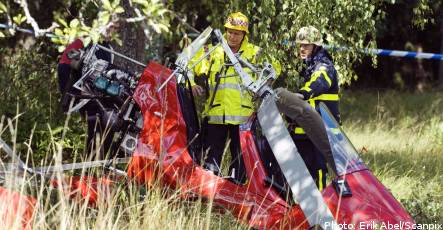 Two hurt as 'gyrocopter' crashes near Stockholm