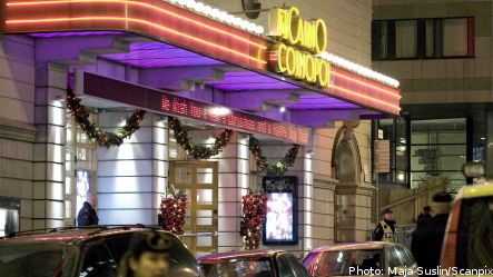 Casino gunman remains on the loose