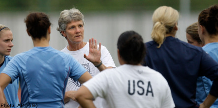 Sweden's Sundhage to continue as US women's football coach