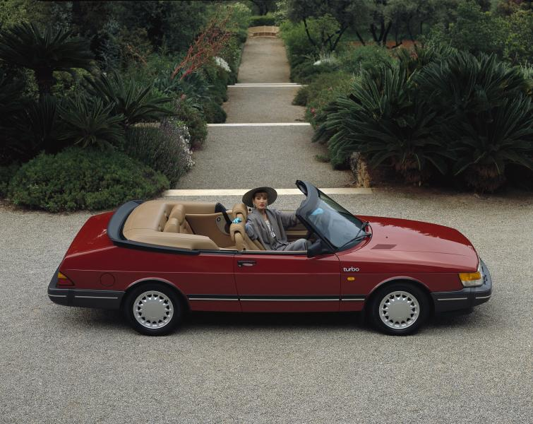 Saab 900 Turbo Convertible <br>Manufactured in 1989Photo: GM