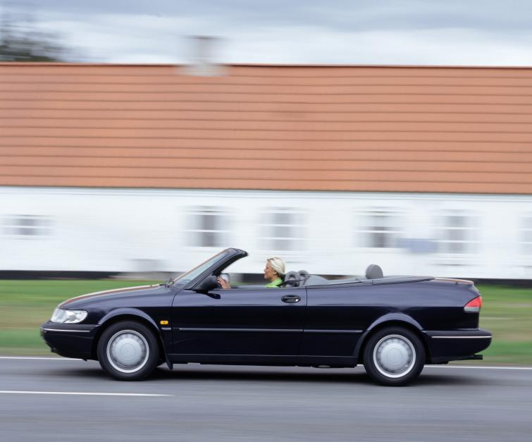 Saab 900 S Cabriolet<br>Manufactured in 1997 Photo: GM