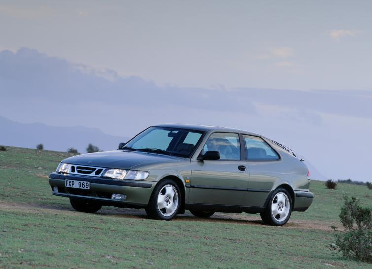 Saab 9-3 Coupé<br>Manufactured in 1998Photo: GM