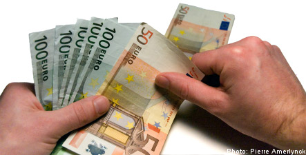 Euro support hits six-year high: poll