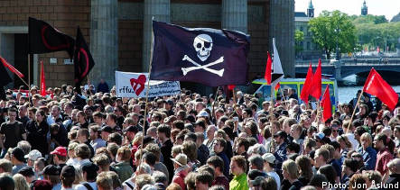 Swedish pirates have wind in their sails for EU vote