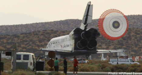 Fuglesang returns safely to Earth
