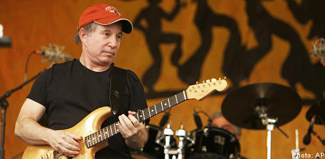 Paul Simon speaks out on Swedish theatre ban