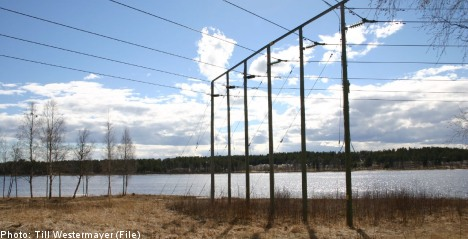 Vattenfall to sell Swedish power grid: report