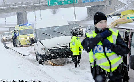 Transport hit as snowstorms ravage Sweden
