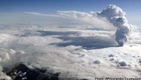 Volcano ash forces airspace shutdown