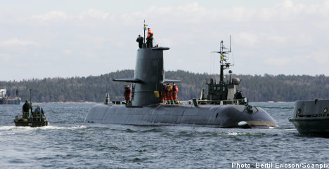 Sweden to invest in new submarines