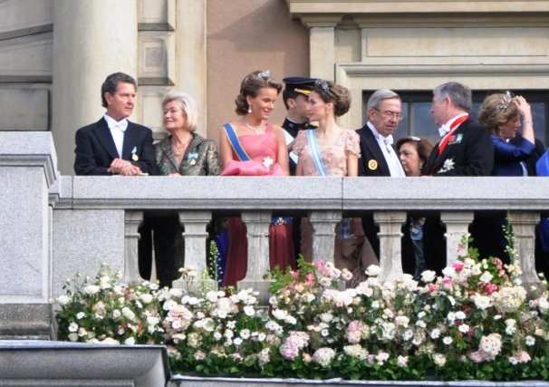 Royal Palace<br>Royal guests chat on the balcony, including Crown Princesses Mathilde and Letizia of Belgium and SpainPhoto: Anastasia Pirvu