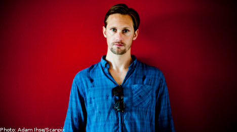 Skarsgård pitches in for Stockholm football club