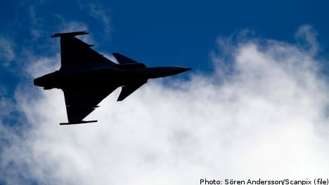 Swedish fighter jets flew into live fire drill