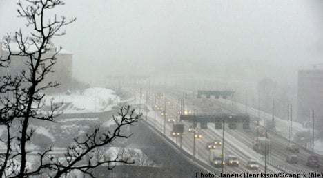 One dead as snowstorms cause traffic havoc