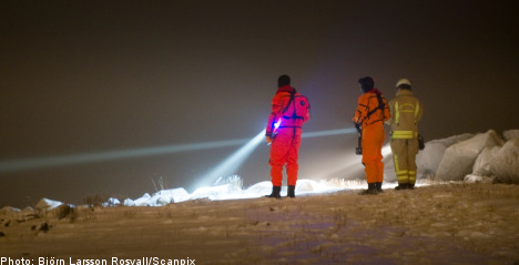 Elderly Swede dies while ice sailing