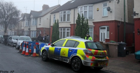UK police search home of Swedish suicide bomber