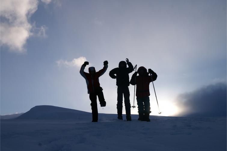 Guests Warm Up Photo: Outdoor Lapland