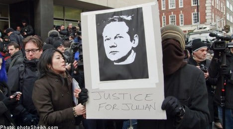 Assange made to wait on extradition decision