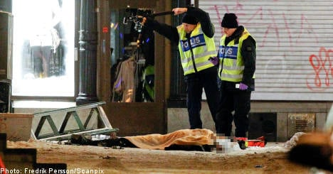Man held in the UK over Stockholm suicide bomb