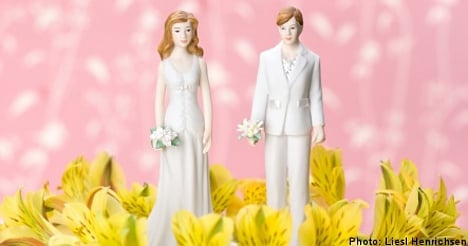 Swedish lesbians more keen to wed: study