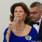 Queen under fire for giving kids wine