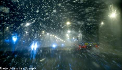 Accidents aplenty as snow hits Sweden