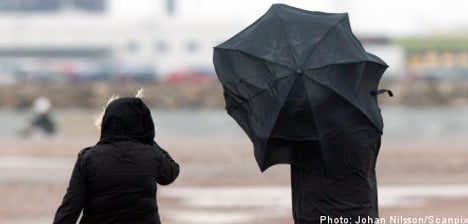 Warnings issued as new winter storm approaches