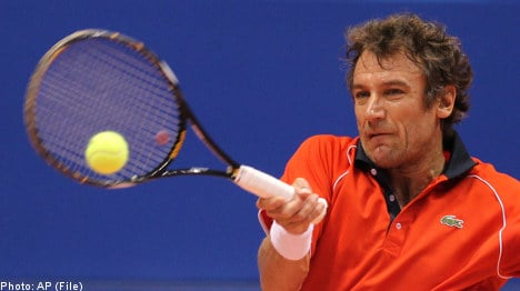 Tennis great Wilander recovers after injury