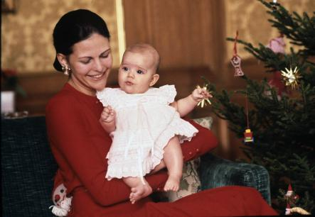 A Castle Christmas <br>Queen Silvia with the 5-month-old Victoria in December 1977Photo: Photo: Jan Collsiöö/Scanpix