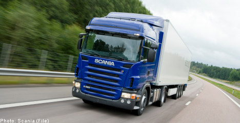 Downshift in profits for truckmaker Scania
