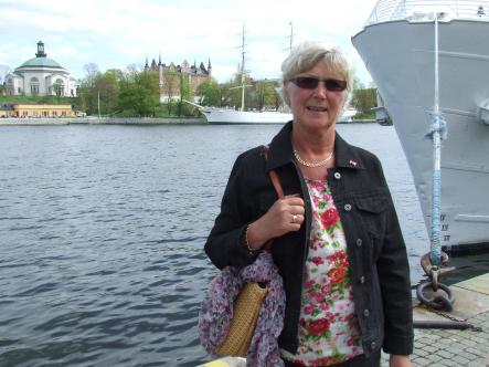 Annelie, 59 - Stockholmer<br>The best thing to spend it on is a coffee and cake in Kungsträdgården!