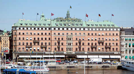 Swedish agency partied for millions: report