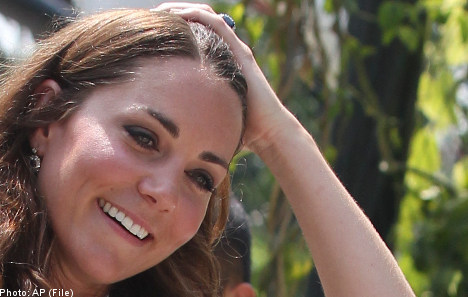 Topless Kate pics published in Sweden