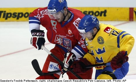 Czechs down Swedes in ice hockey opener