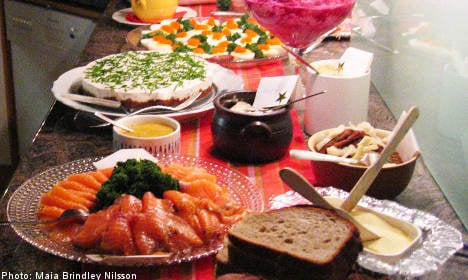 Christmas buffet gives 75 Swedes food poisoning