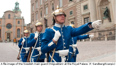 Soldier turned up drunk to guard Swedish king