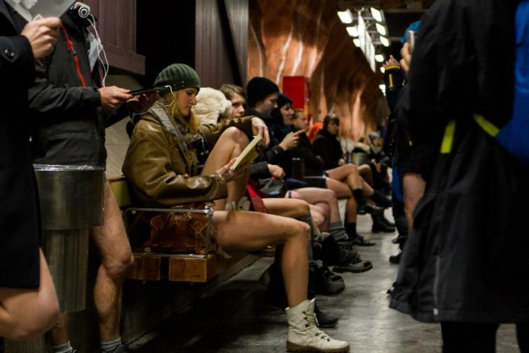 Swedes brace the chill in 'no pants' subway ride