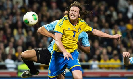 Argentina dominates Sweden in football win