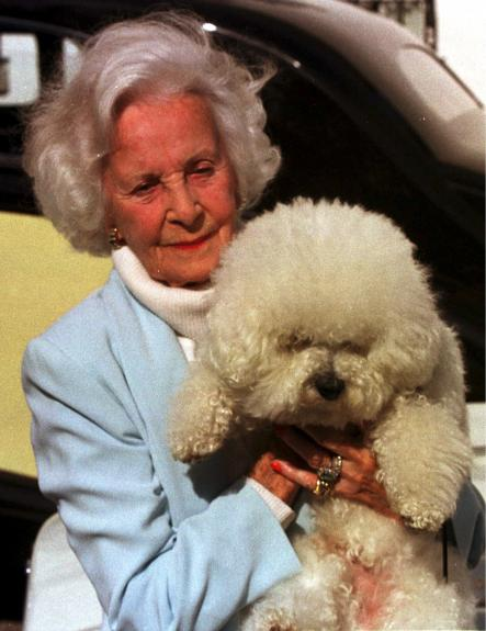Lilian in 2000<br>Bentley the dog in the arms of Princess LilianPhoto: Maths Bogren/Scanpix