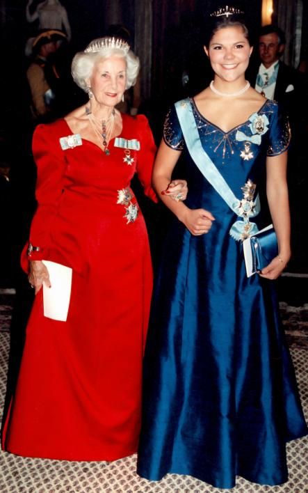 With Crown Princess Victoria In 1995<br>Swedish Princess Lilian and Crown Princess Victoria arrive to a gala dinner at Stockholm Royal Palace on October 15, 1995. Photo: Janerik Henriksson/Scanpix