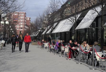 Outdoor cafes bustling with blanket-covered diners<br>Cafes and restaurants with al fresco seating are as anxious as anyone for winter to end. So giddy, in fact, that they often set up tables and chairs when the mercury shows a hint of creeping above freezing. More shocking, perhaps, is the fact that customers can't pass up the chance to sit outside and sip a drink and shivering in an effort to will spring into existence.Photo: Hasse Holmberg/Scanpix