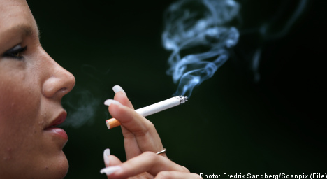 Sweden eyes smoking ban in parks and cars