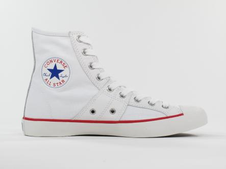2. Converse is king<br>Walking around any Swedish city, you'll need a sensible but stylish pair of kicks. Easy peasy, it has just has to be Converse All-Stars. Preferably in white.Photo: Schröder+Schömbs PR_Brands   Media   Lifestyle/Flickr