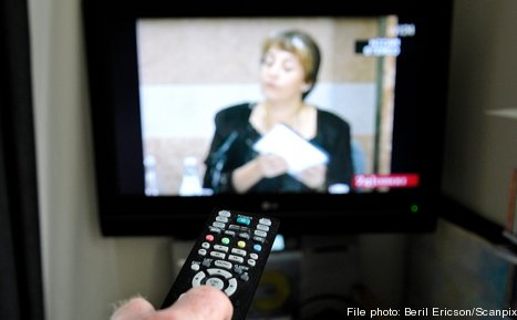 TV-fee body uses tough tactics on foreigners