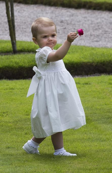 Princess Estelle helped celebrate her mother's 36th birthday by looking extra cute while at Solliden Palace in July 2013.Photo: Jonas Ekströmer/Scanpix