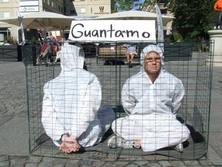 Protesters in Medborgarplatsen raise awareness against the US controlled Guantanamo Bay detention camps.Photo: The Local