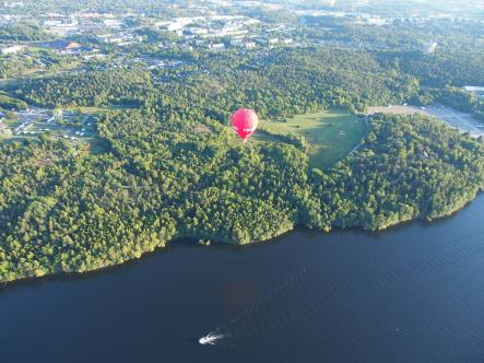 And we're off! The balloon takes flight and heads toward the city.Photo: Matt Potter