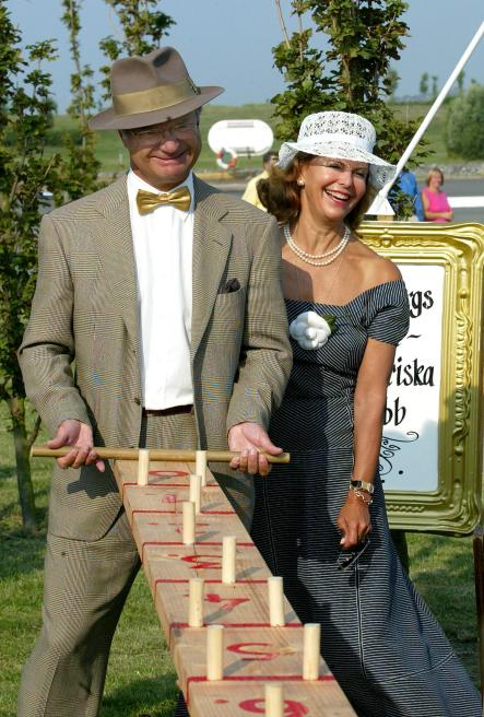 King Carl XVI Gustaf looking as stylish and excellent as ever during a royal rally in Gothenburg, 2002. We aren't quite sure what game he's playing but for some reason, we are certain he's winning.Photo: Scanpix
