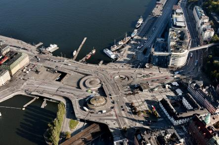 The current layout of Slussen is reminiscent of a four-leaf clover, but the unique design struggles with congested traffic. Photo: Jonas Ekströmer/Scanpix